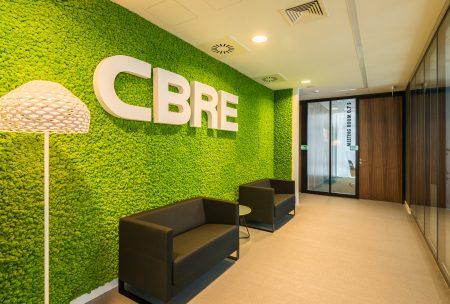 Lobby w biurze CBRE w Artico